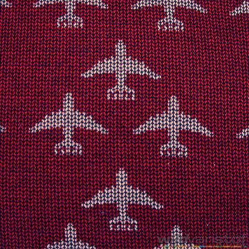 Grijze vliegtuigen op rood