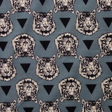 Witte tijgerkoppen op grijsblauw