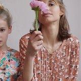 Viscose - Katia bloempje op nude_