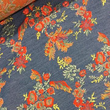 Jeans met rode geweven bloem