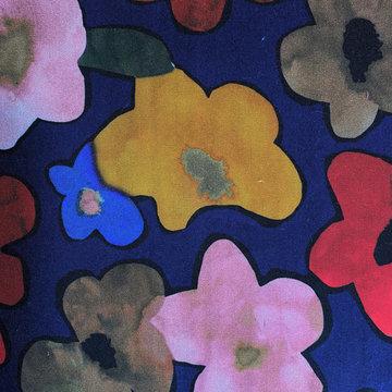 Viscose - Ursula koningsblauw met bloem LMV