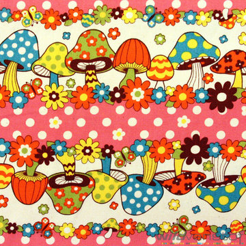 Canvas - Rij paddenstoelen roze