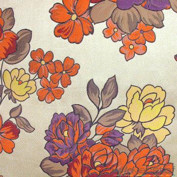 Groot bloemenmotief op beige