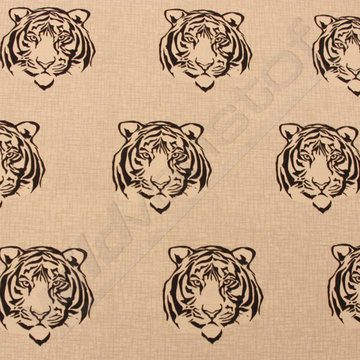 Zwarte tijgerkoppen op beige