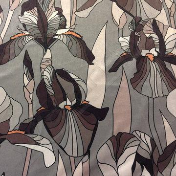 Velvet - Grote bloemen op grijs