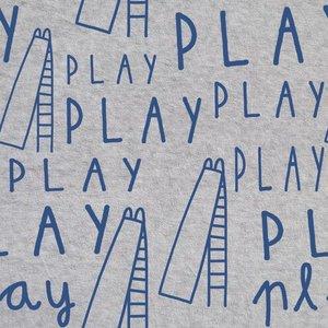 French terry - Blauwe play tekst op grijs